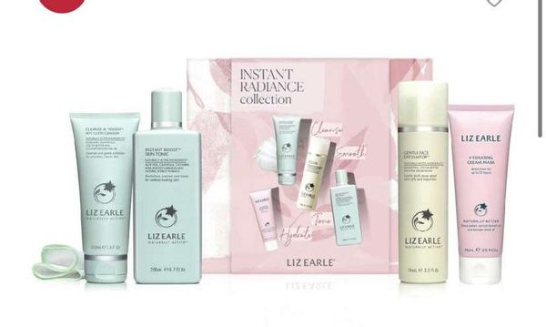 Liz Earle Instant Radiance Collection Kit