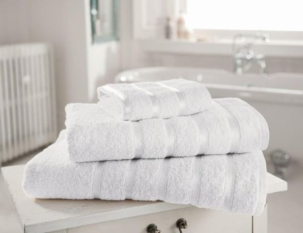 Gaveno Cavailia Egyptian Cotton Thick Absorbent 500 GSM Kensington Hand Towel [ Pack of 4-White